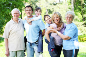 Pros and Cons of Employing Family in a Home Business_0